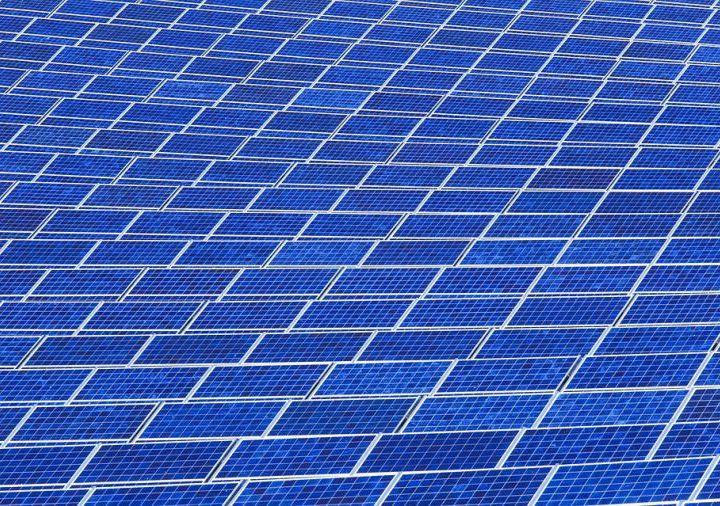 new/new/solar-panel-array-1916121_960_720.jpg