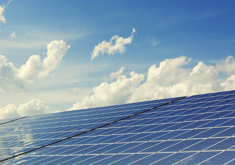 photovoltaic-2138992_1280.jpg