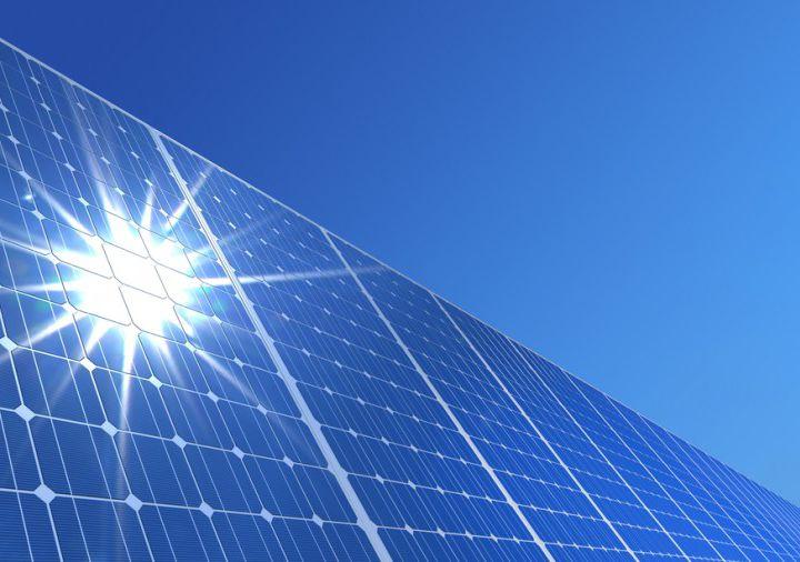 ve_dep_dien_mat_troi_tren_mai/solar-panel.jpg